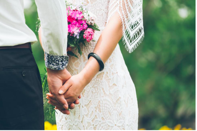 Why Pinterest is the worst thing to ever happen to weddings